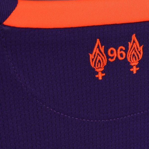Camiseta suplente 2018/19 del Liverpool FC | Imagen New Balance
