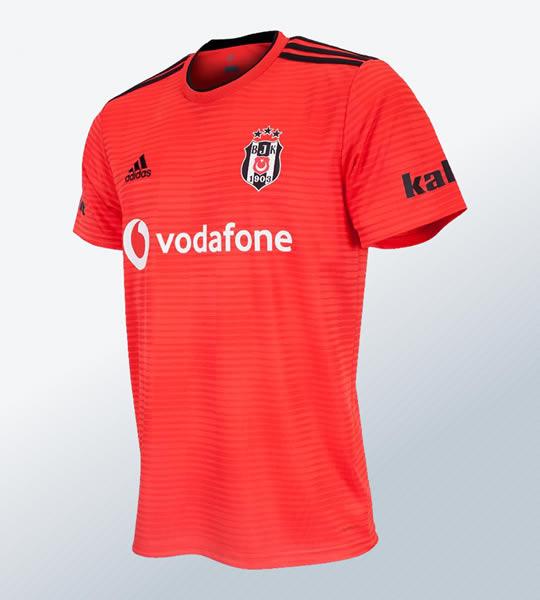 Camiseta suplente Adidas del Besiktas 2018/19 | Imagen Web Oficial