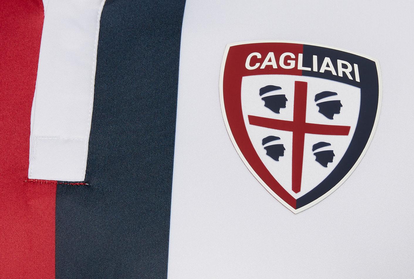 Camiseta suplente del Cagliari Calcio | Imagen Macron