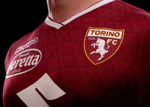 Camiseta titular del Torino | Imagen Kappa
