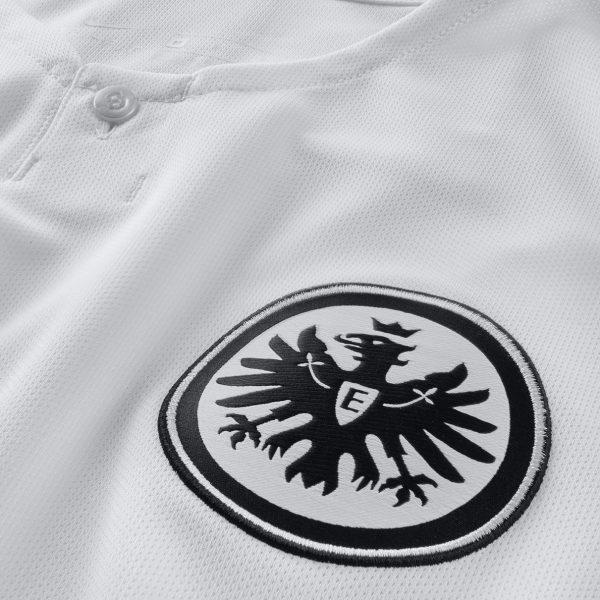 Camiseta suplente del Eintracht Frankfurt | Imagen Nike