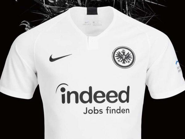 62db834840 Camiseta suplente Nike del Eintracht Frankfurt 2018/19