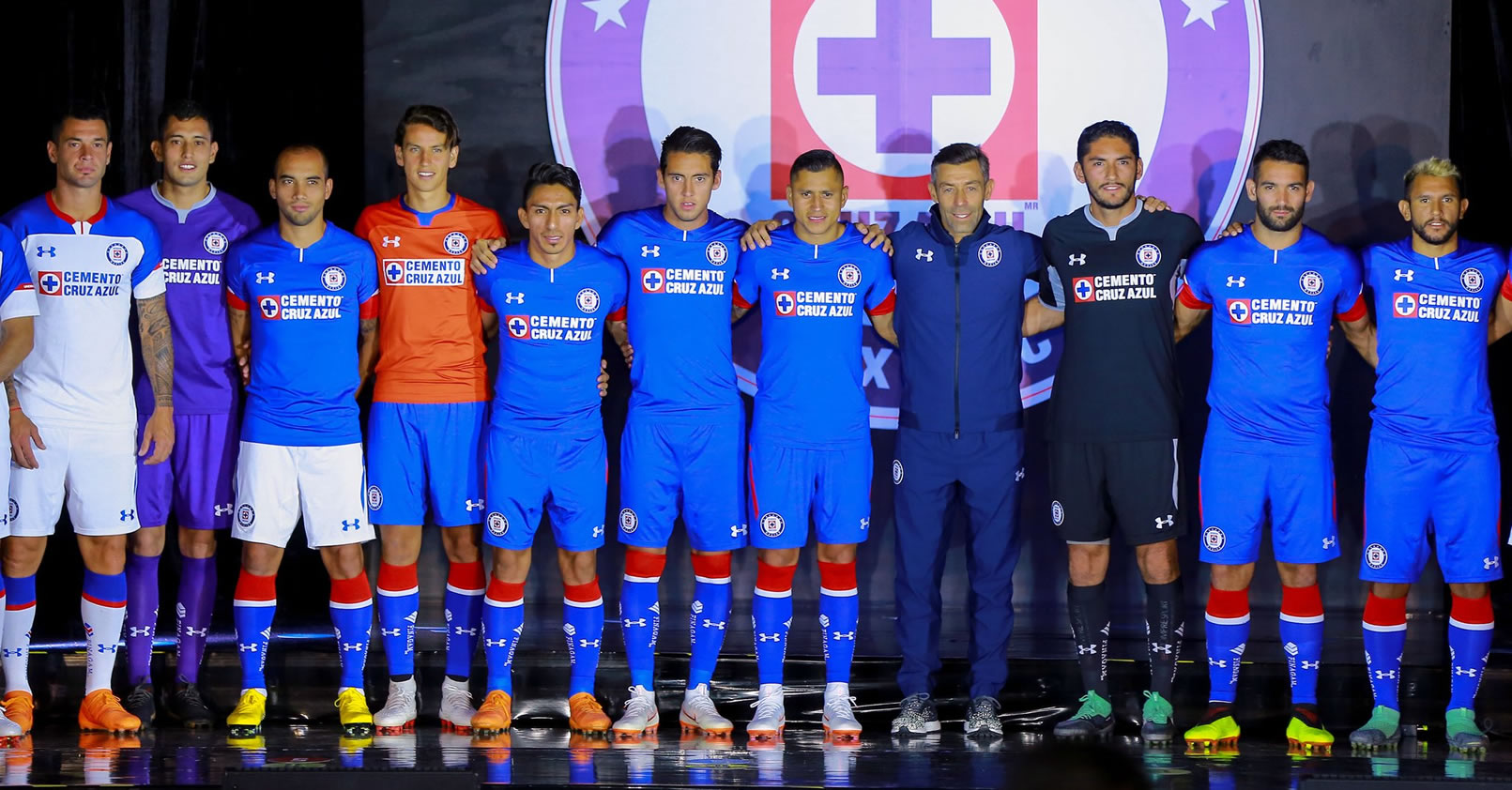 Camisetas Under Armour del Cruz Azul Apertura 2018 Liga MX | Imagen Marca