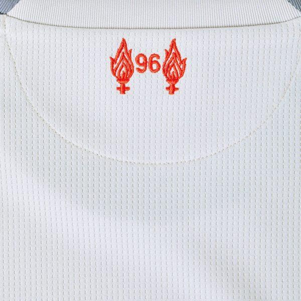 Tercera camiseta 2018/19 del Liverpool FC | Imagen New Balance