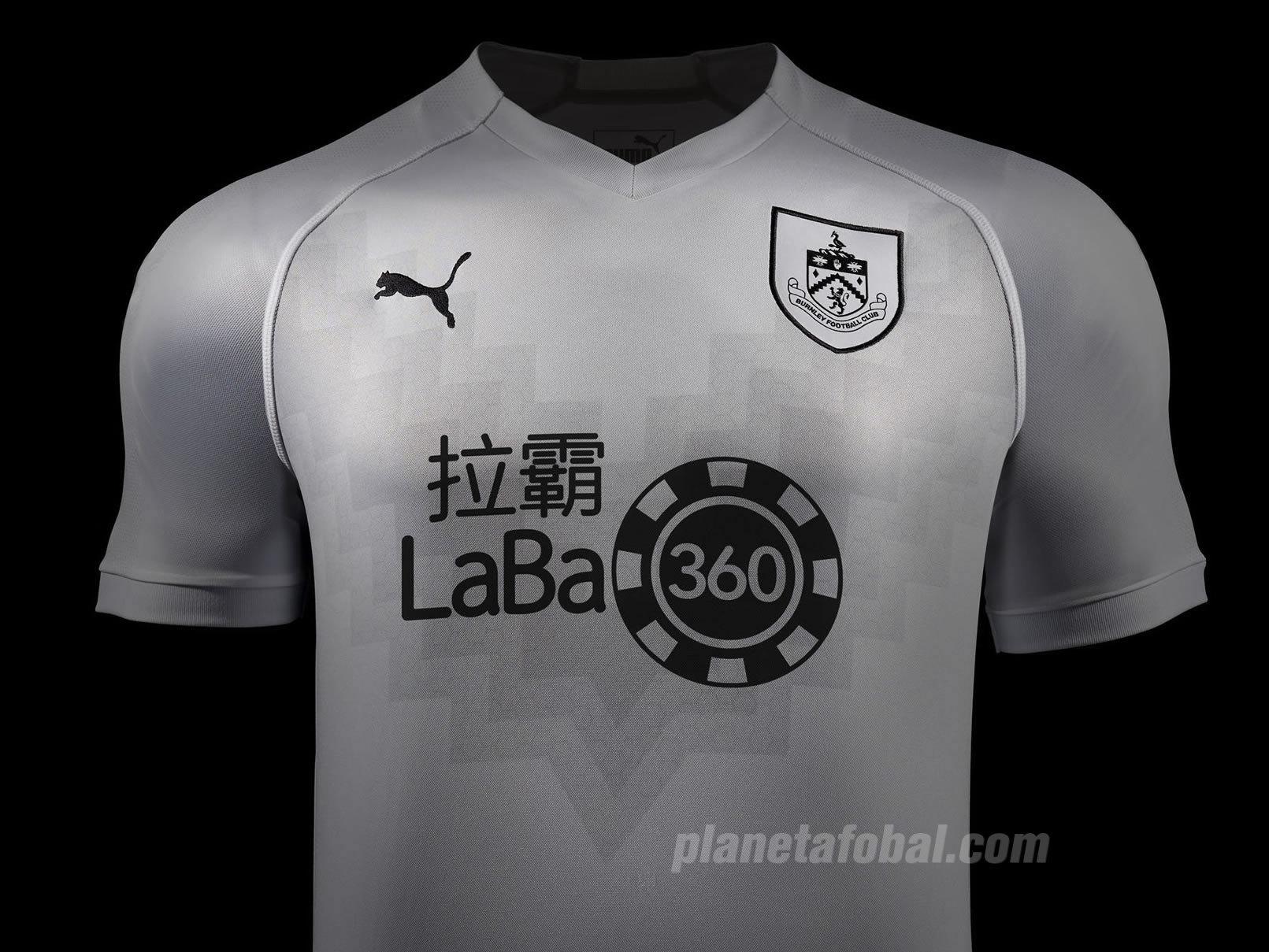 Tercera camiseta Puma del Burnley FC 2018/2019   Imagen Web Oficial