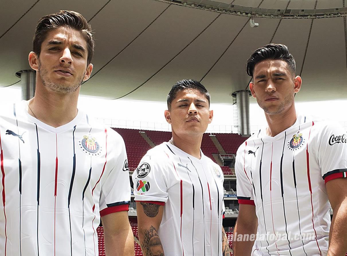Camiseta visitante de las Chivas de Guadalajara 2018/19 | Imagen Puma