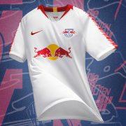Camiseta titular del RasenBallsport Leipzig 2018/19   Imagen Web Oficial