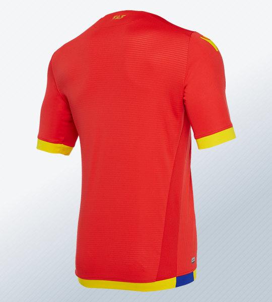 Camiseta titular de la selección de Andorra 2018/19 | Imagen Macron