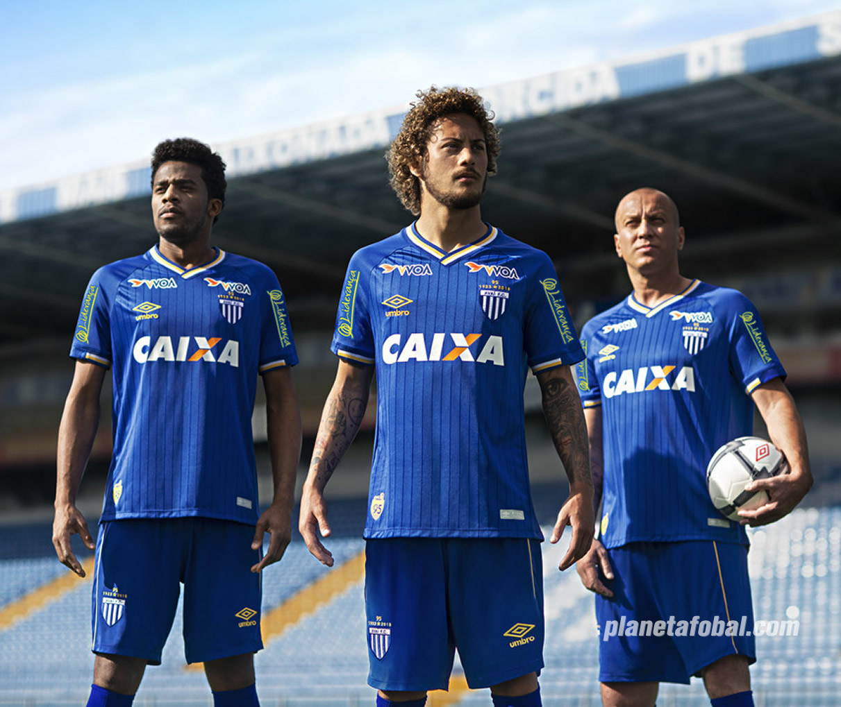 Tercera camiseta Umbro del Avaí FC | Imagen Twitter Oficial