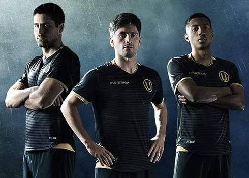 Camiseta alterna 2018 del Club Universitario de Deportes | Imagen Twitter Oficial