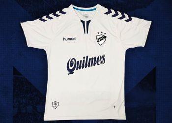 Camiseta titular 2018/19 de Quilmes AC | Imagen Hummel