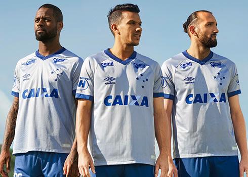 Tercera camiseta Umbro del Cruzeiro 2018/19 | Imagen Web Oficial