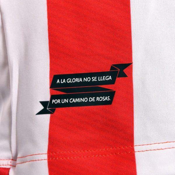 Camiseta titular Umbro 2018/19 de Estudiantes de La Plata | Imagen Twitter Oficial