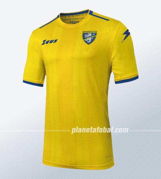 Camiseta titular Zeus del Frosinone Calcio 2018/19 | Imagen Twitter Oficial