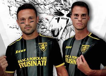 Tercera camiseta del Frosinone Calcio 2018/19 | Imagen Twitter Oficial