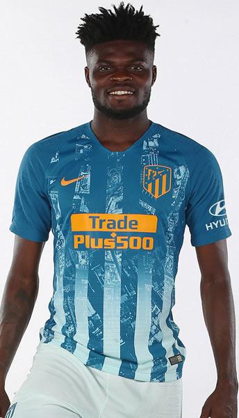 Thomas con la tercera camiseta del Atlético de Madrid 2018/19 | Imagen Web Oficial