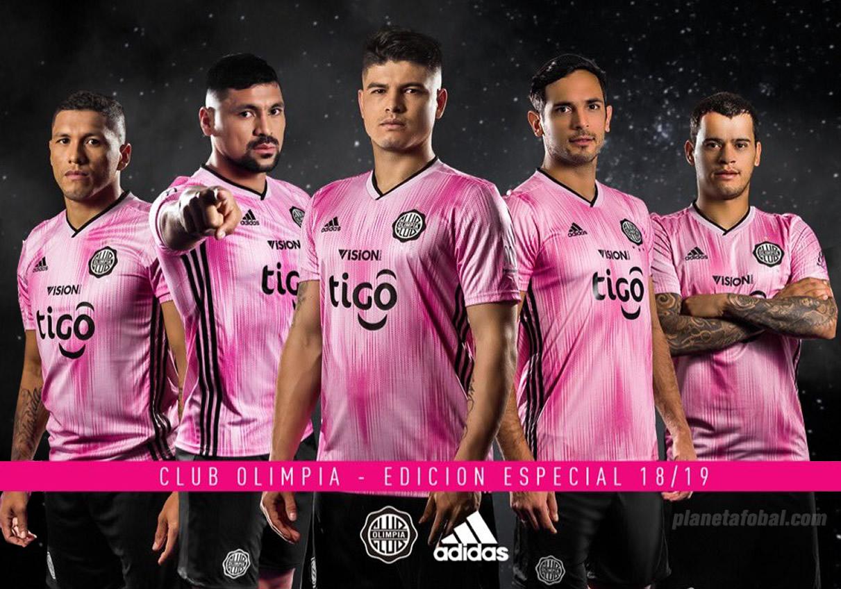 Camiseta Adidas rosa del Club Olimpia 2018 | Imagen Twitter Oficial