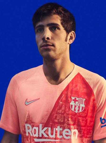 Sergi Roberto con la tercera camiseta del Barcelona 2018/2019 | Imagen Nike
