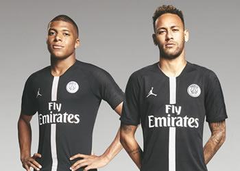 Mbappé y Neymar con la camiseta Jordan del PSG 2018/19 Negra | Imagen Nike