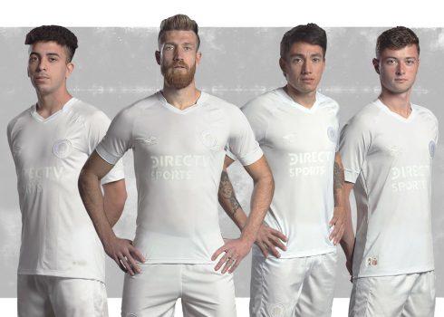 Camiseta Edición Limitada de Estudiantes LP 2018 | Imagen Umbro
