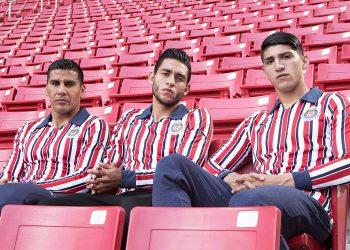 Camiseta Puma de las Chivas de Guadalajara Mundial de Clubes 2018 | Imagen Twitter Oficial
