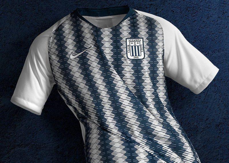 Camiseta titular Nike de Alianza Lima 2019  16fced770f1a6
