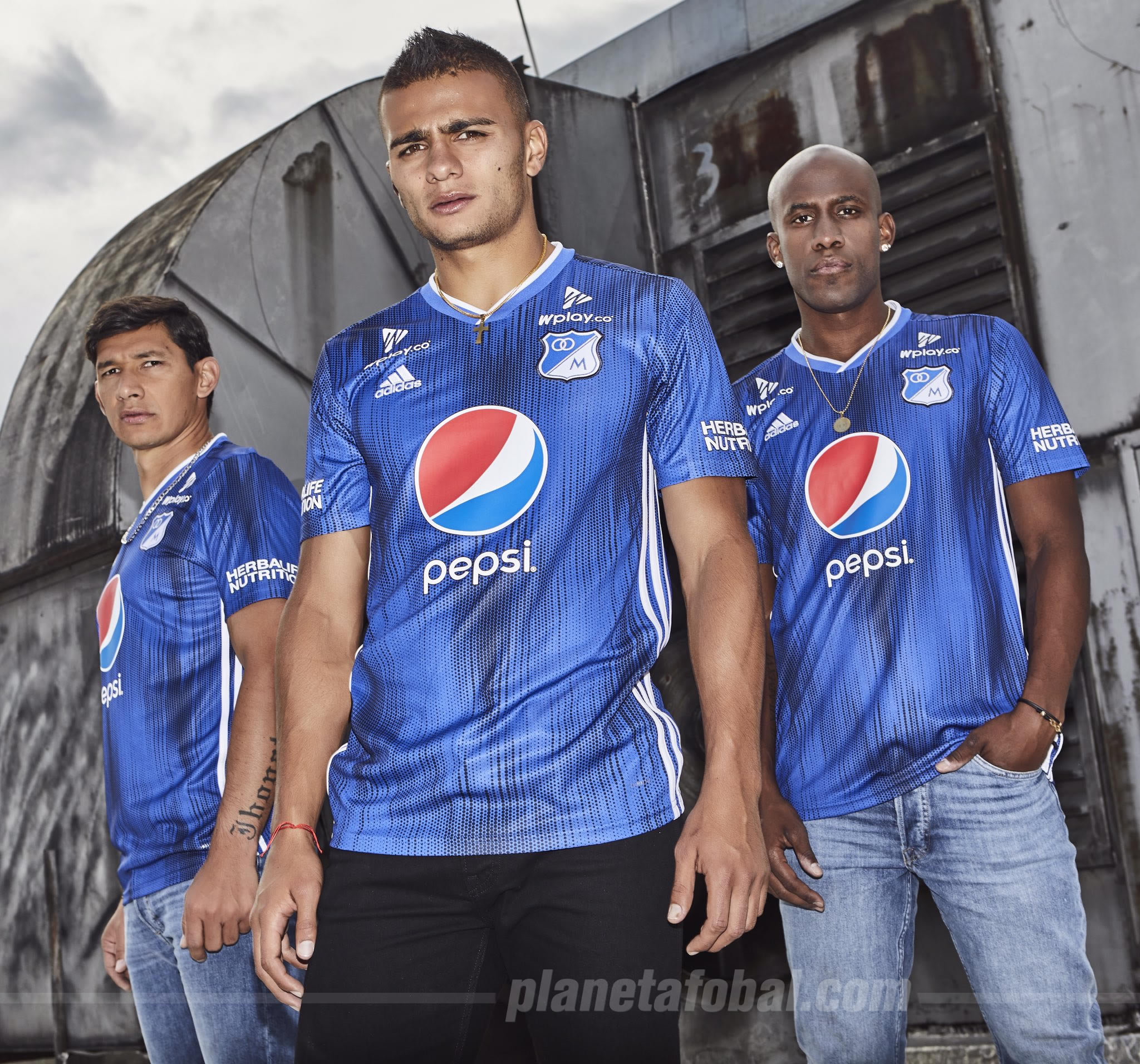 Camiseta titular Adidas de Millonarios FC 2019 | Imagen Twitter Oficial