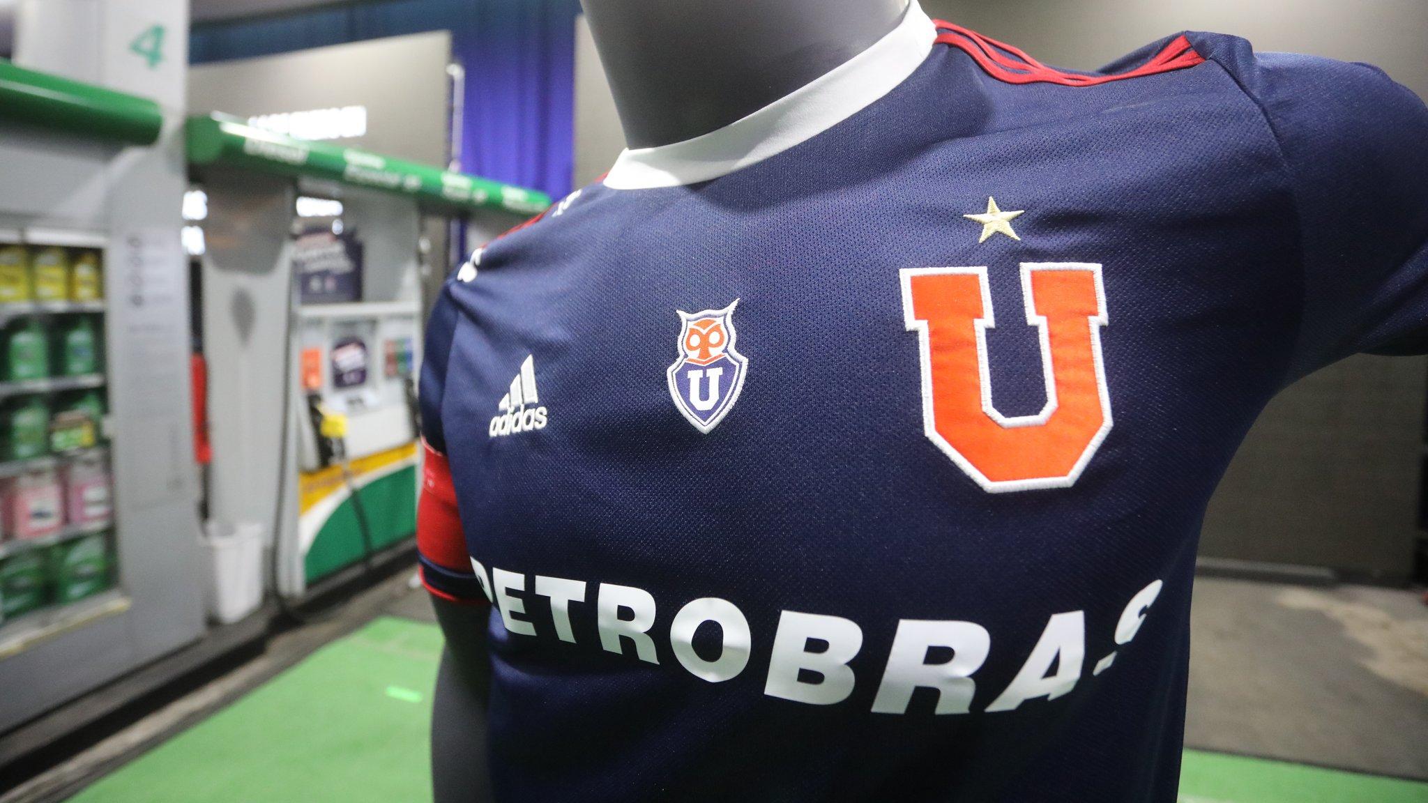 Camiseta titular Adidas de la Universidad de Chile 2019 | Imagen Instagram Oficial