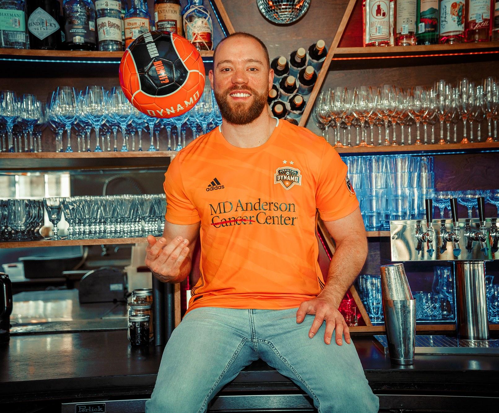 Camiseta titular Adidas del Houston Dynamo 2019/20   Imagen Web Oficial