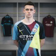 Phil Foden con el Celebration jersey del Manchester City 2019 | Imagen Nike