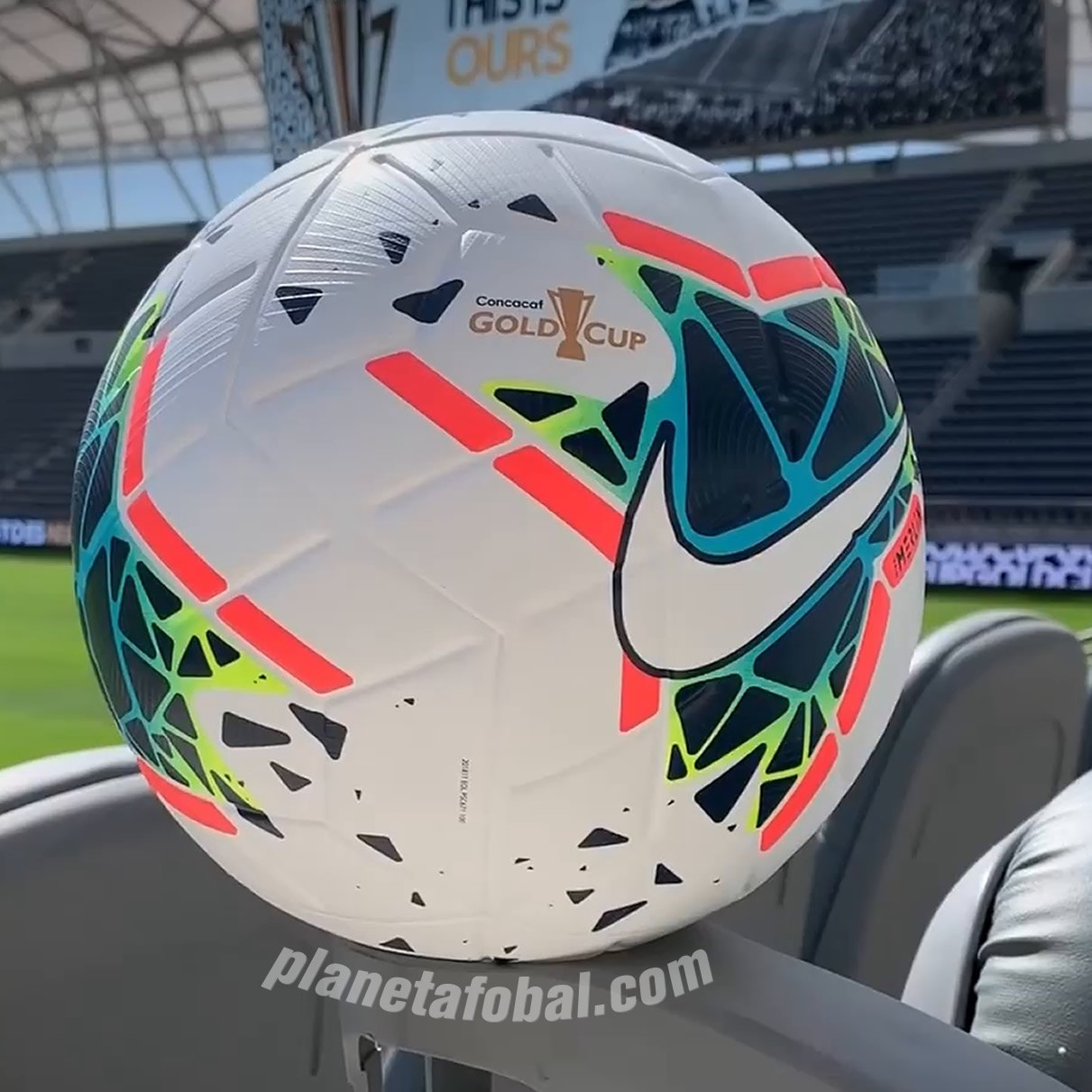 Balón Nike Merlin de la Gold Cup 2019 | Captura Video