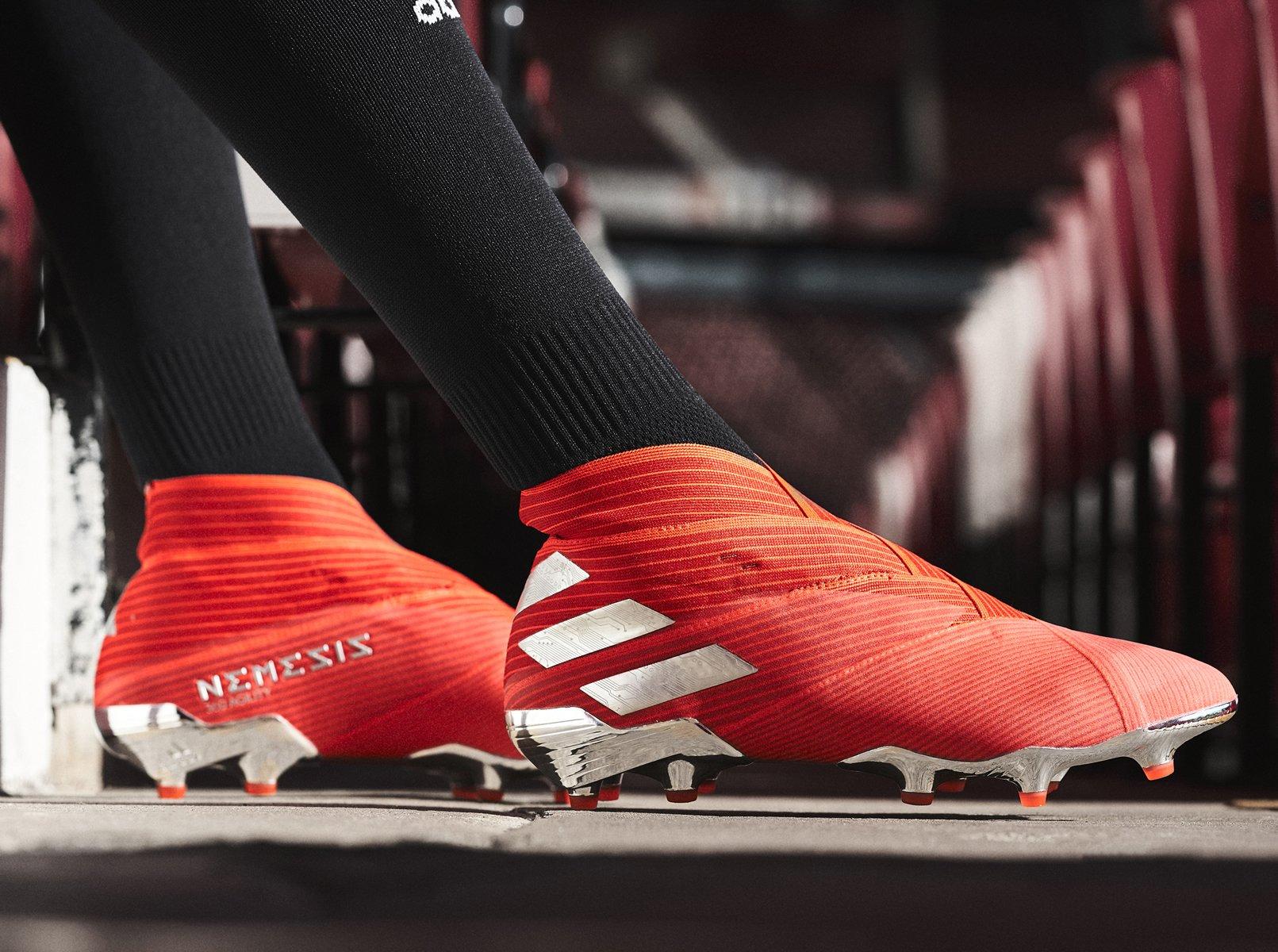 "Nuevos botines Adidas NEMEZIZ 19 ""302 Redirect"" Pack"