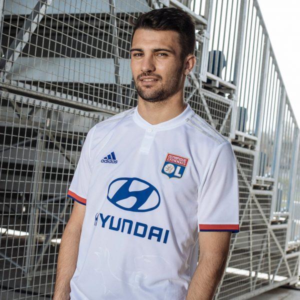 Camiseta titular Adidas del Lyon 2019/2020 | Imagen Web Oficial