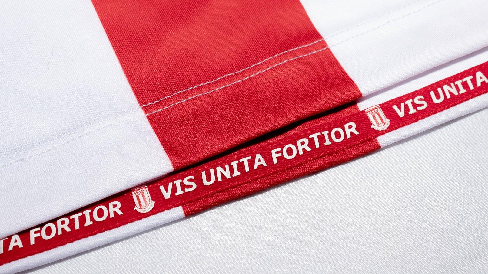 Camiseta titular Macron del Stoke City 2019/20 | Imagen Web Oficial
