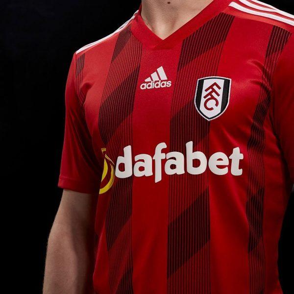 Camiseta suplente Adidas del Fulham 2019/20 | Imagen Web Oficial