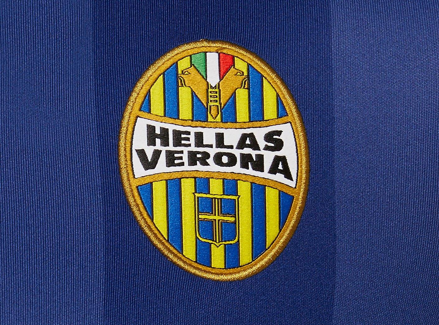Camiseta titular del Hellas Verona 2019/20 | Imagen Macron