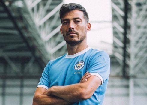 """Camiseta del Manchester City """"125 Aniversario""""   Imagen Puma"""