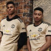Camiseta suplente Adidas del Manchester United 2019/2020   Imagen Web Oficial