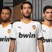 Primera equipación Puma del Valencia 2019/2020   Imagen Twitter Oficial