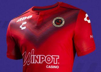 Camisetas de los Tiburones Rojos 2019/20 | Imagen Charly Fútbol