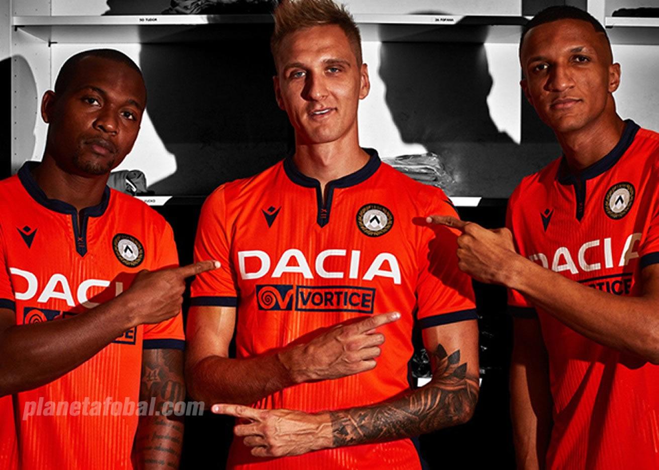 Camiseta suplente Macron del Udinese 2019/20 | Imagen Web Oficial