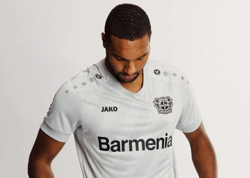 Tercera camiseta Jako del Bayer 04 Leverkusen 2019/20   Imagen Web Oficial
