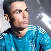 Tercera camiseta Adidas de la Juventus 2019/2020   Imagen Web Oficial