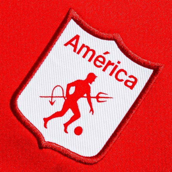 Camiseta local del América de Cali 2019/20 | Imagen Umbro Colombia