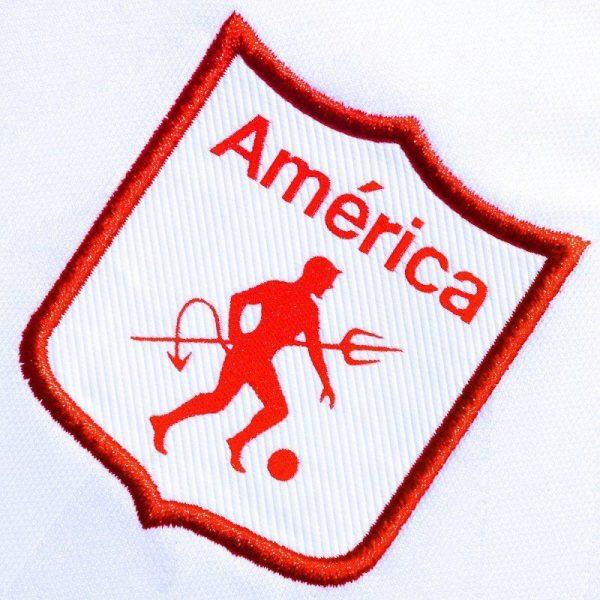 Camiseta alternativa del América de Cali 2019/20 | Imagen Umbro Colombia