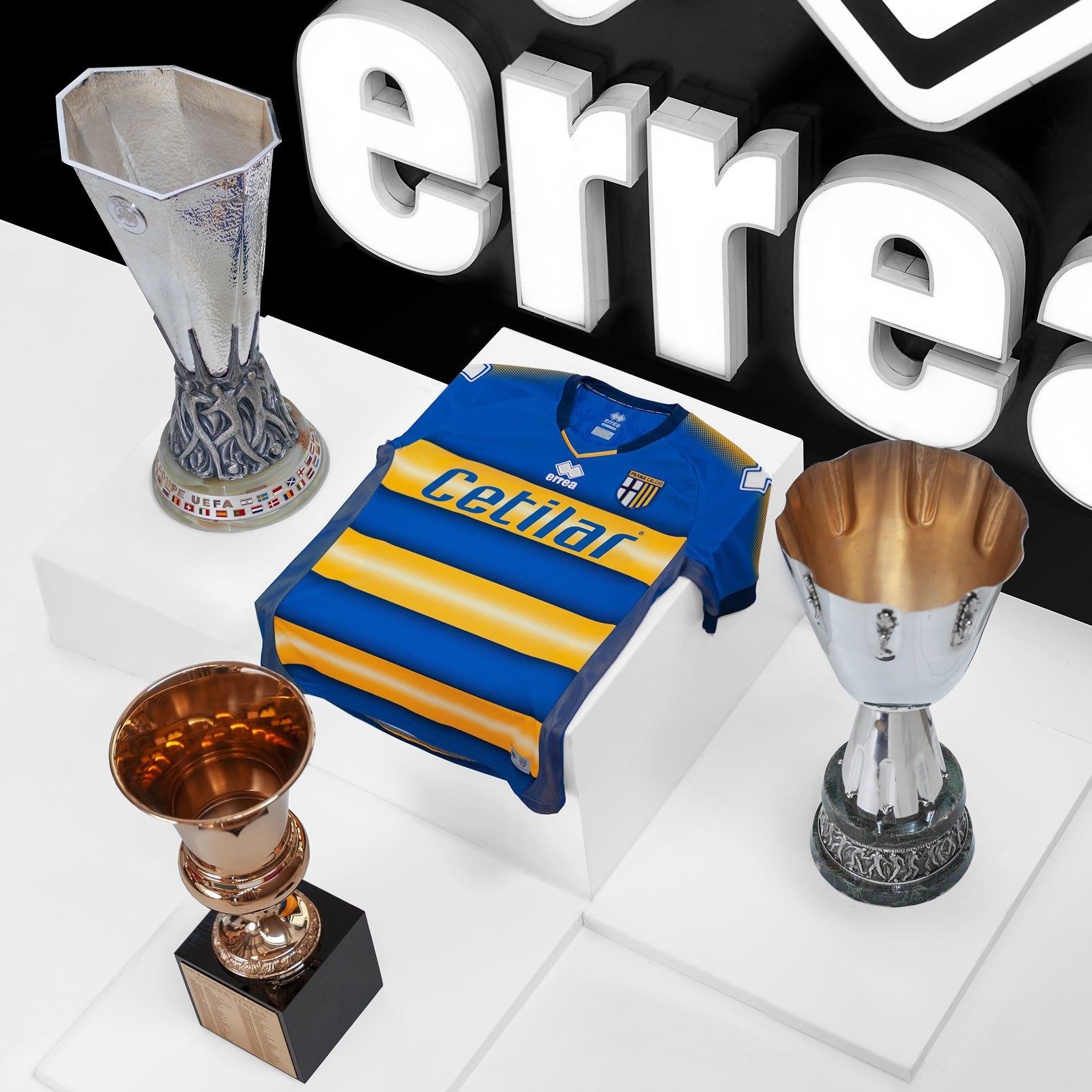 Camiseta suplente del Parma Calcio 1913 2019/20 | Imagen Erreá Sport