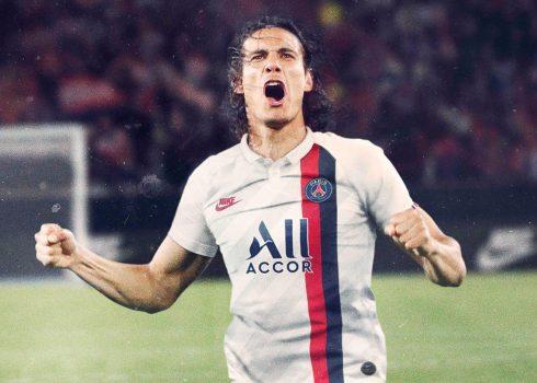Cavani con la tercera camiseta del PSG 2019/2020 | Imagen Nike