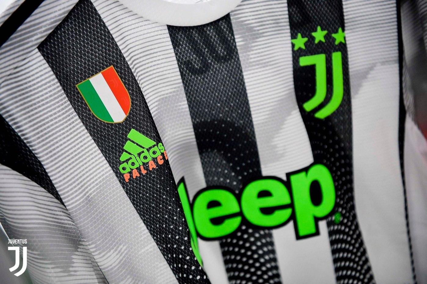 Camiseta Adidas de la Juventus x Palace 2019 | Imagen Twitter Oficial