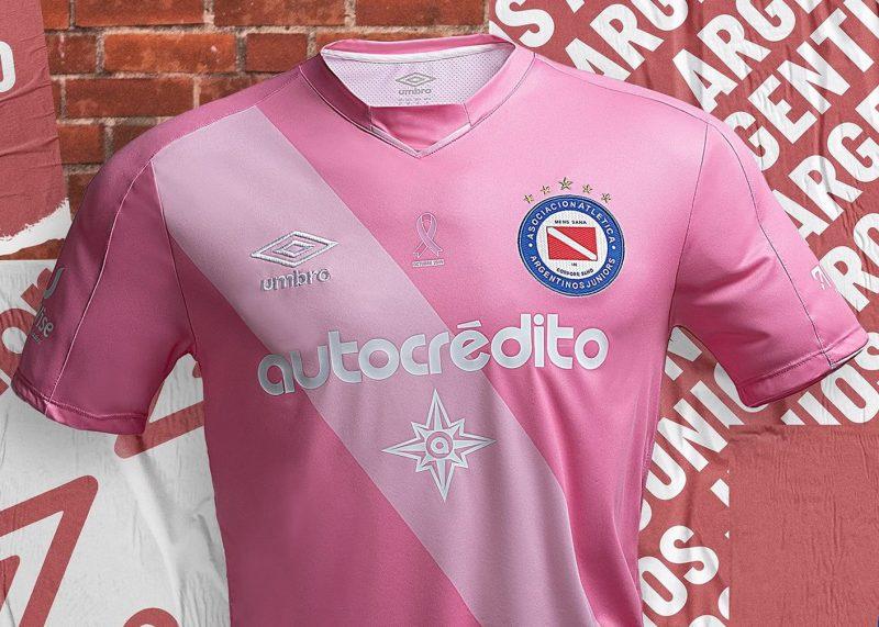 Camiseta de Argentinos Juniors #OctubreRosa 2019 | Imagen Umbro