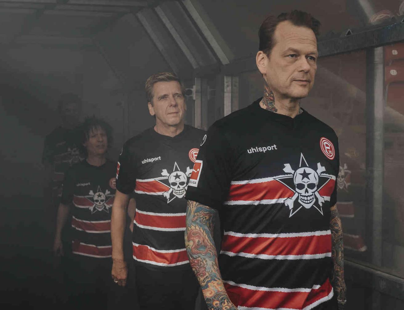 """Sondertrikot"" uhlsport del Fortuna Düsseldorf 2019/20   Imagen Web Oficial"